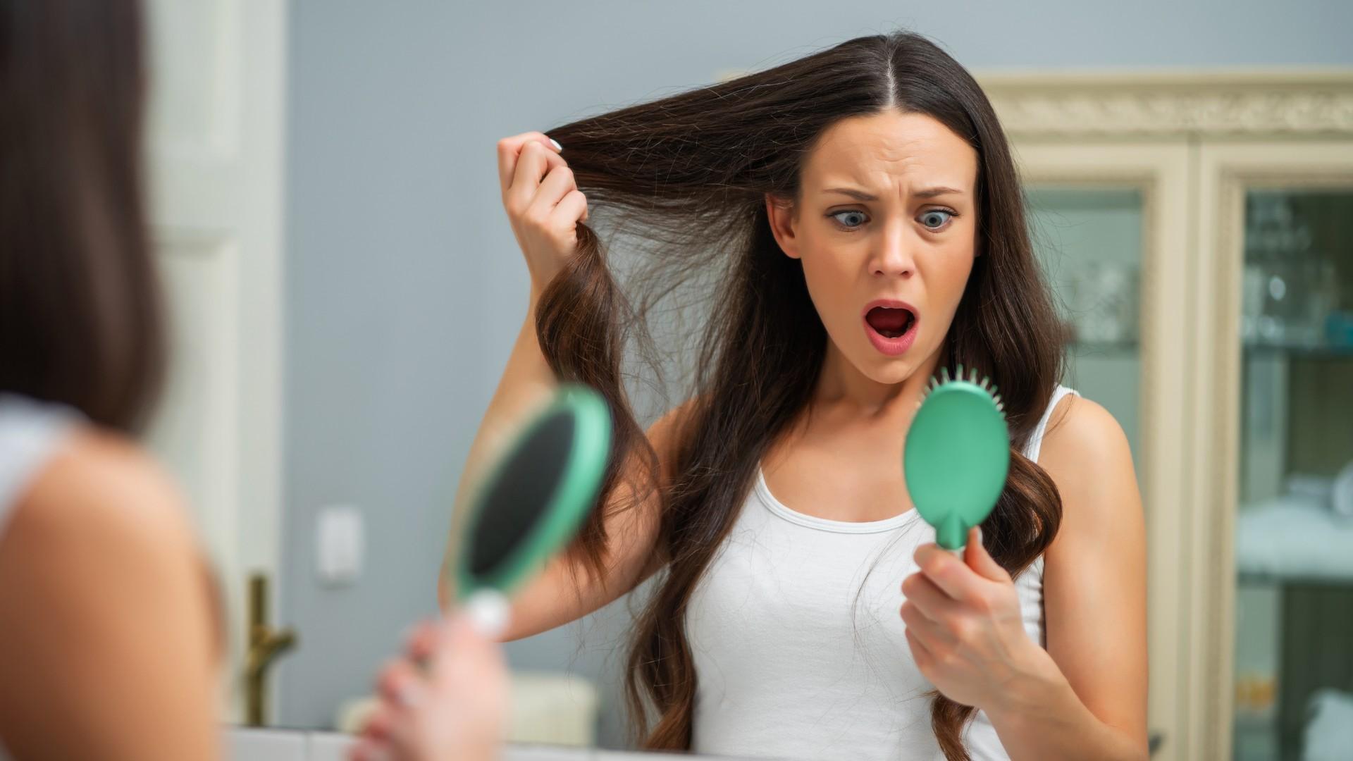 koronawirus a wypadanie włosów