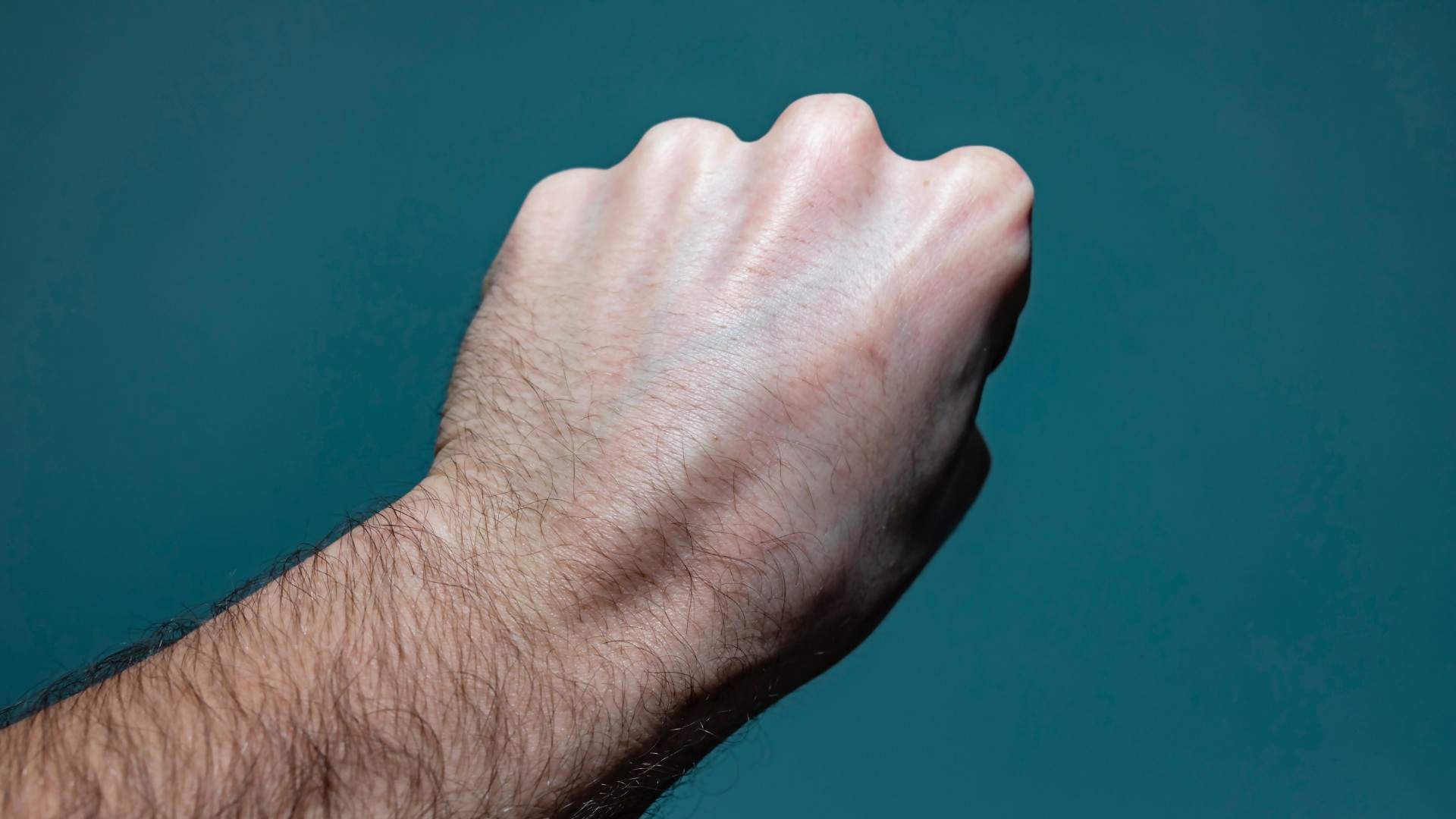 guzek na dłoni